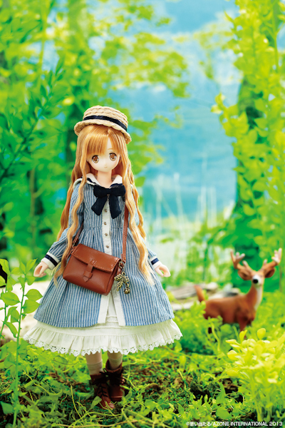 Azone International EX Cute Bambi Raili Doll