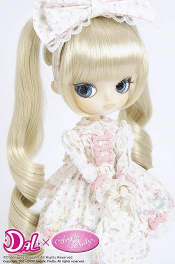 Dollface Pictures