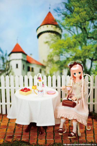 Azone Alisa Afternoon Peach Tea Doll-801