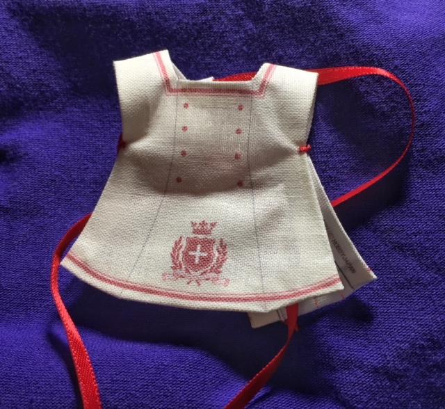 chuchu nurse apron